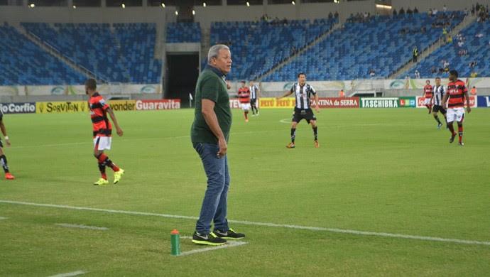 Hélio dos Anjos - técnico do ABC ABC x Atlético-GO (Foto: Jocaff Souza/GloboEsporte.com)