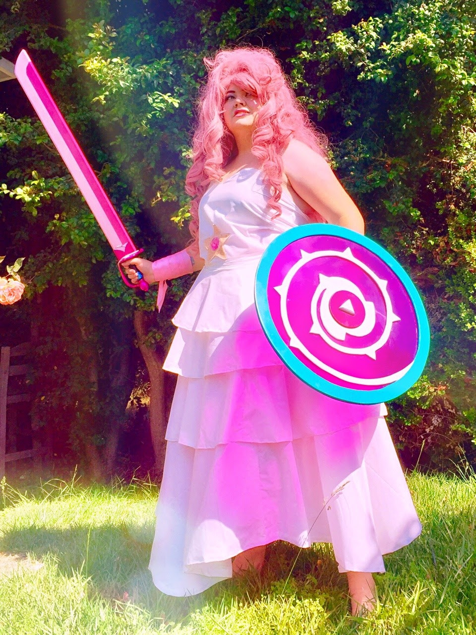 ROSE QUARTZ IS FULLY REVAMPED AND READY TO GO FOR COMIC CON!!! 💖💖💖