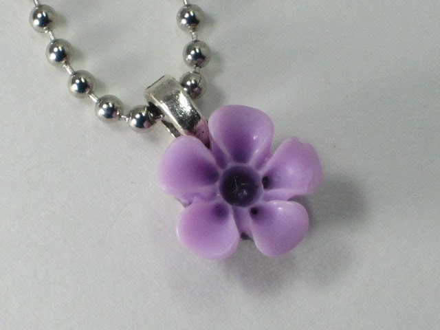 Vintage Inspired Lucite Flower Necklace/Pendant - Small Flower