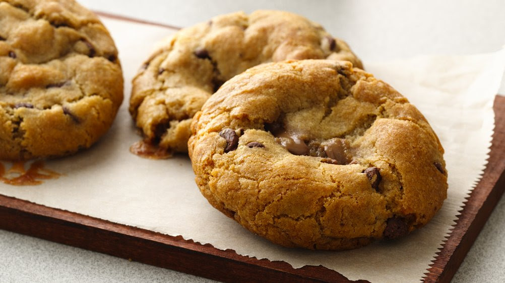 Gluten-Free Candy-Filled Chocolate Chip Cookies recipe ...