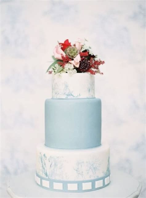27 Chic And Luxurious Marble Wedding Cakes   Weddingomania
