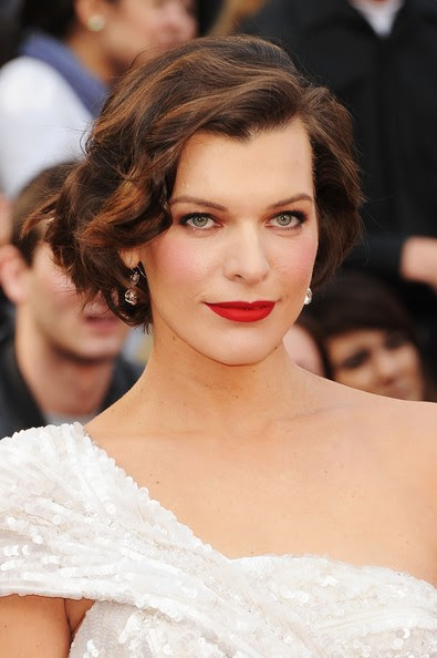 Milla Jovovich Actress Milla Jovovich arrives at the 84th Annual Academy Awards held at the Hollywood & Highland Center on February 26, 2012 in Hollywood, California.