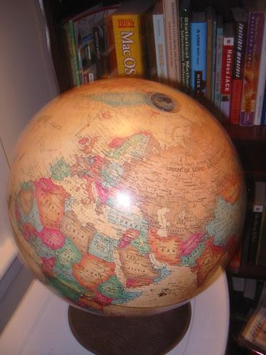 Action globe