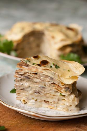 Šampinjoni-sinihallitusjuustu kaste / White mushroom and blue cheese sauce