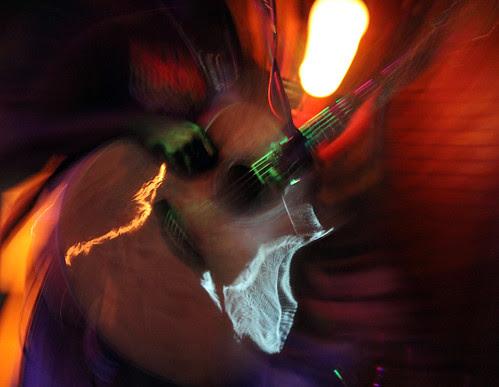 GRAN CAFE MODERNO GUITAR - SALAMANCA - 11.11.11 by juanluisgx