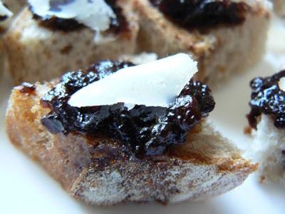 capilotade d'olive et parmesan de Lali.jpg