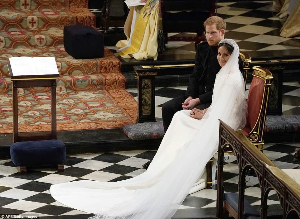 Príncipe Harry e Meghan Markle imaginaram momentos depois que eles se casaram, tornando-se o Duque e a Duquesa de Sussex.