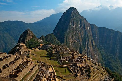 Machu Picchu by Szeke