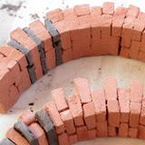 Costruzione 29 - Arcate in pietra e mattoni