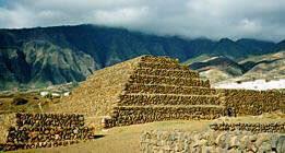Pyramide guimar canarie