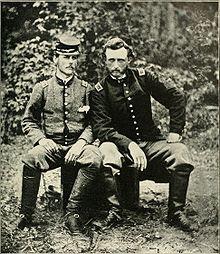 http://upload.wikimedia.org/wikipedia/commons/thumb/8/80/CusterandWashington01.jpg/220px-CusterandWashington01.jpg