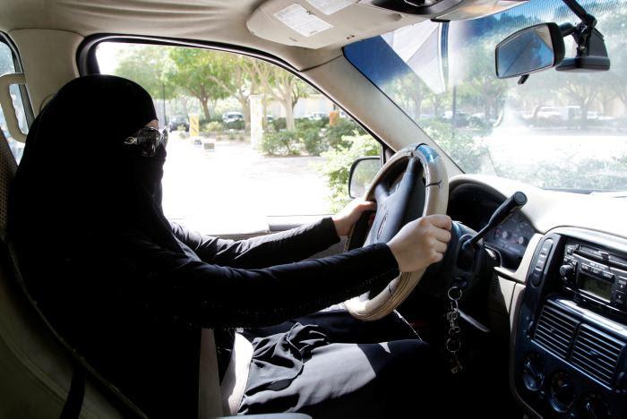 Resultado de imagen para Las mujeres en Arabia Saudí, ahora podrán conducir