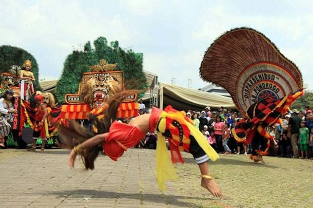 The Reog Ponorogo: A Dance of Rebellion Which Changed History  Ancient Origins