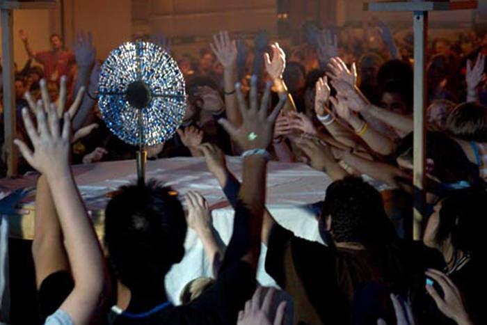 Nueva Misa y falsa adoración eucarística