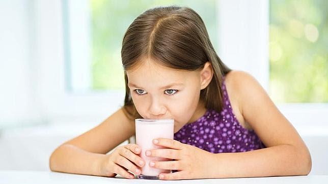 La leche desnadata puede retrasar la artrosis de rodilla en mujeres