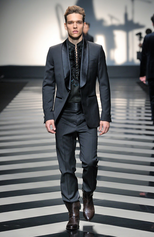 2 Roberto Cavalli Menswear AW1213_39