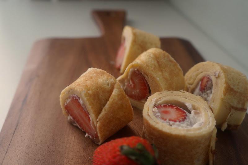 Strawberry Crepe Roll Recipe