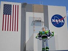 Buzz Lightyear:Al espacio...y más allá!