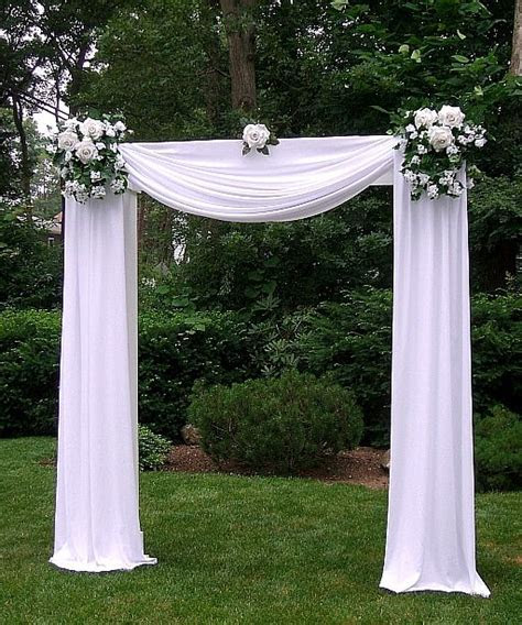 25  best ideas about Wedding arches on Pinterest   Outdoor