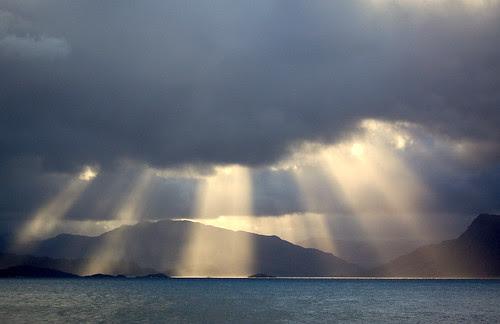 17.3 god rays by cherrycol@