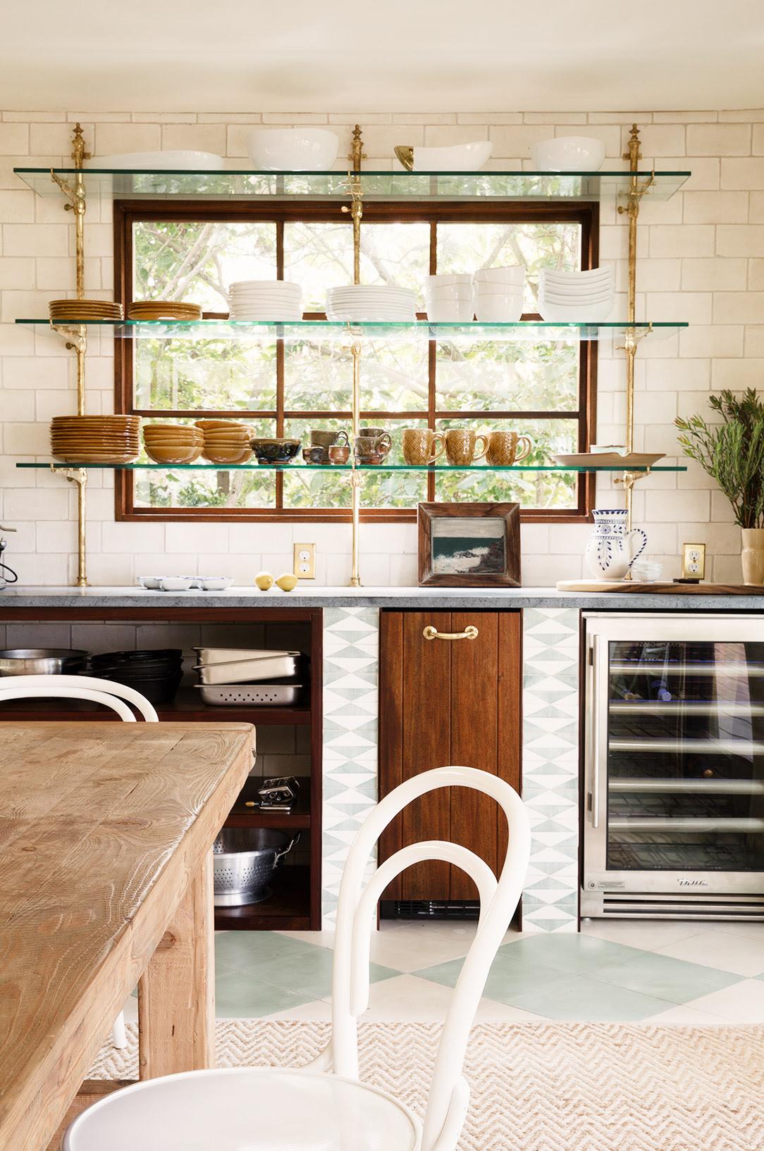 26 Kitchen Open Shelves Ideas | Decoholic