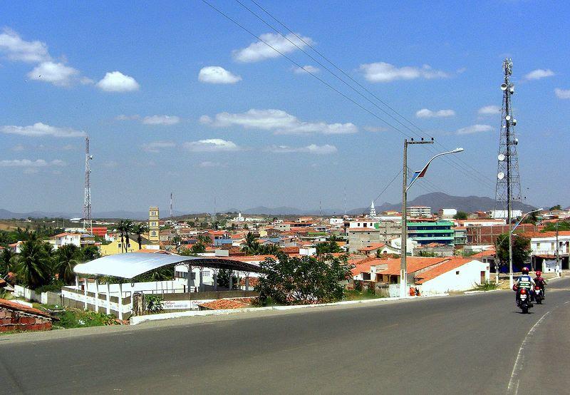 Ficheiro:Vista parcial de Boa Viagem (Ceará).jpg
