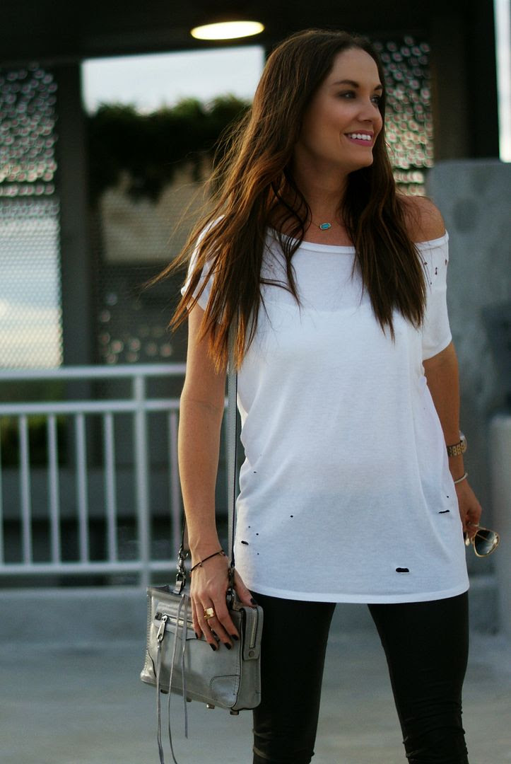 Off the shoulder tee outfit