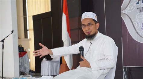 profil ustadz adi hidayat lc ma suara ustadz menyeru
