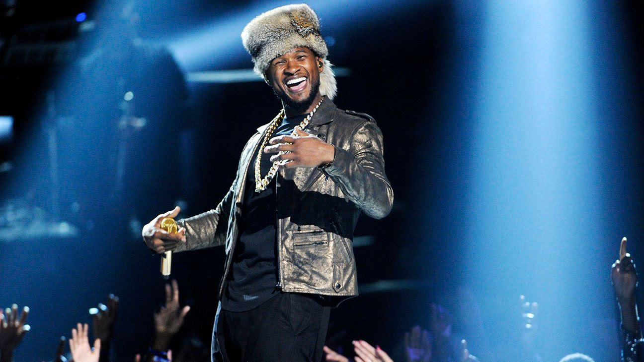 Usher : 2014 BET Awards photo Usher_Performs_BET_Awards.jpg
