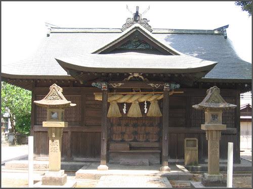 15 shrine front