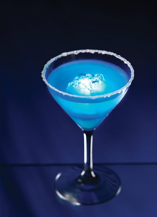 Blue Glo-tini recipe Focused on the Magic