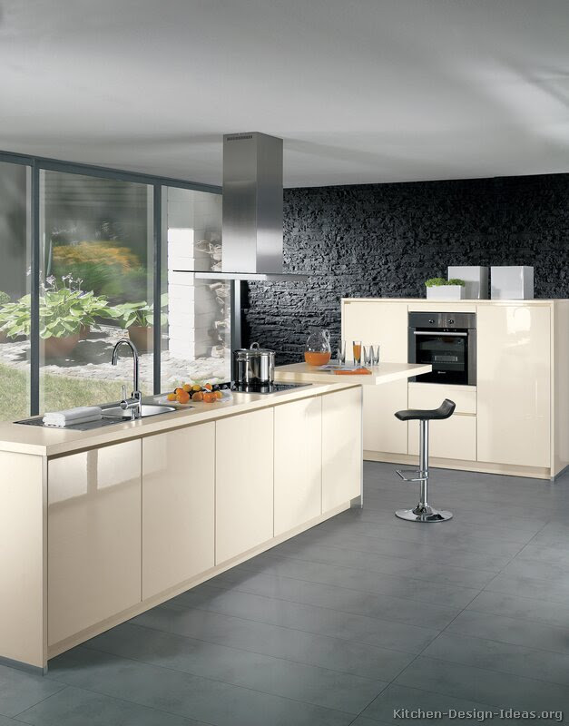 Pictures of Kitchens - Modern - Cream / Antique White ...