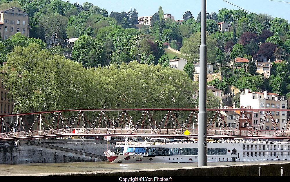 Crue+Saône+bateaux