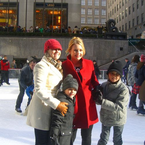 Melissa Joan Hart and family
