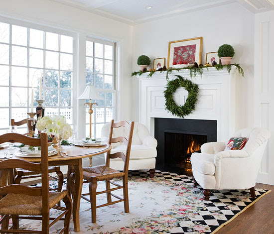 Holiday Home In Black And White Traditional Home