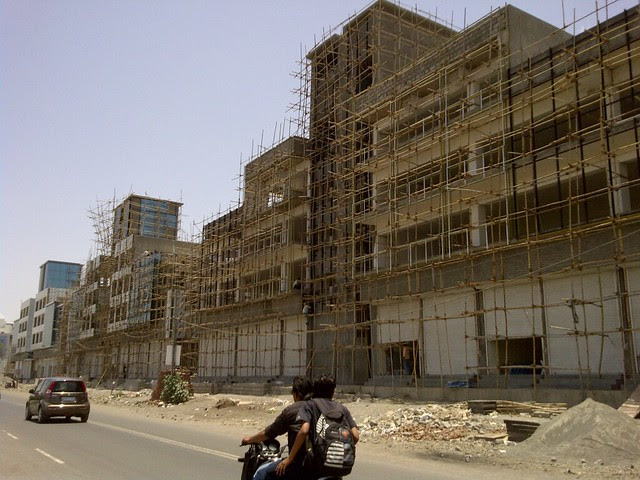 Rohan Builders' Shopping & Office Complex - Keshav Nagar - Malwadi Hadapsar  - Visit Livogue - 1 BHK, 1.5 BHK & 2 BHK Flats at Malwadi Hadapsar, Pune 411028