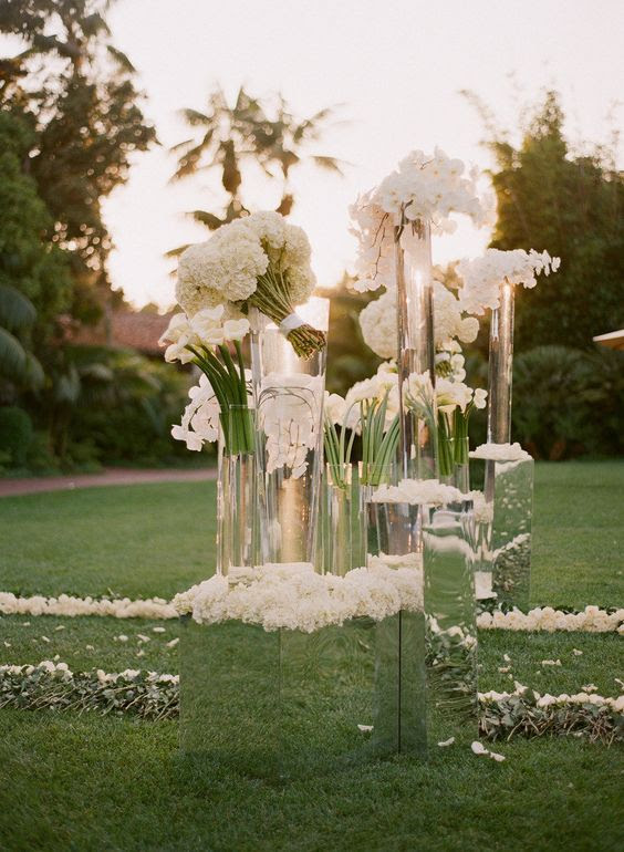 43 Creative Mirror Wedding D cor Ideas Weddingomania