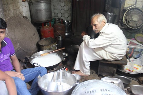 He Makes The Best Rabri In Delhi off Chitli Qabar by firoze shakir photographerno1