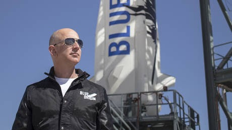 Inquiry into Bezos 'd**k pic' blackmail alleges phone was hacked by Riyadh