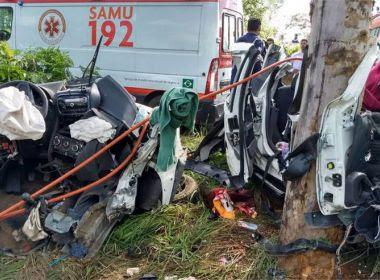 Colisão de caminhonete, carreta e ônibus deixa 12 mortos em MG; coletivo ia para Guanambi