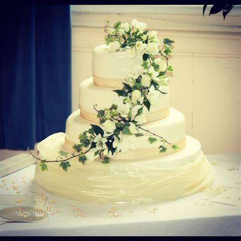 Wedding Cakes   MIDLAND CAKE COMPANY