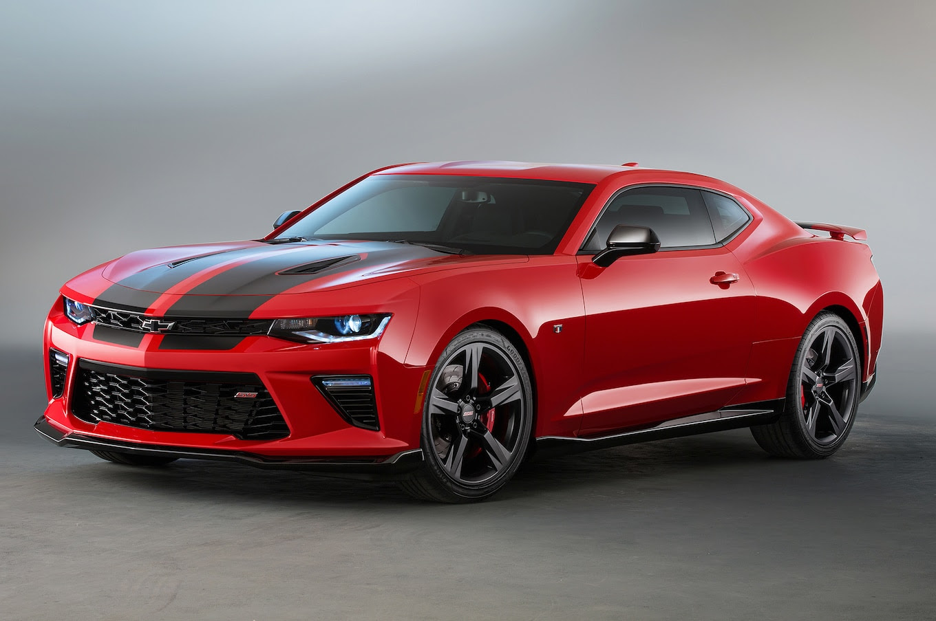 2016 Chevrolet Camaro SS Red and Black Accent Packages Head to SEMA ...