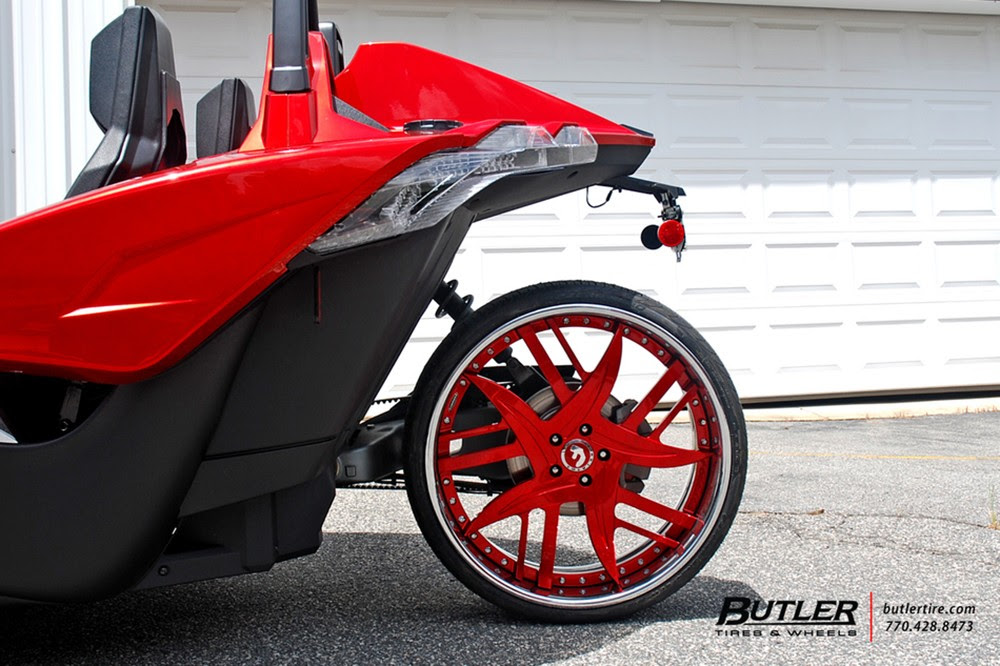 Polaris Slingshot On Fiery Red Forgiato Wheels Looks Like A Trike From Hell Autoevolution