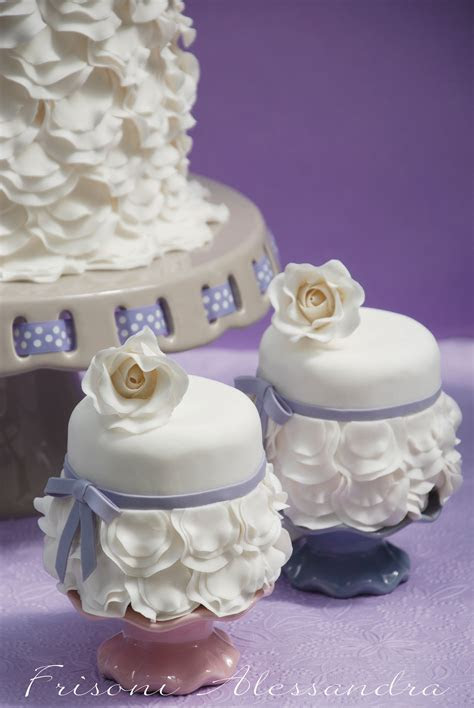 1000  images about Beautiful Wedding Cupcake Ideas on