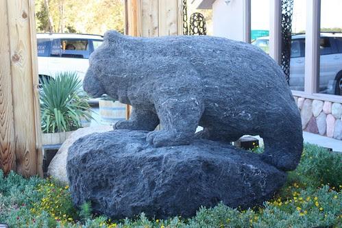 Hotel Bear Lone Pine