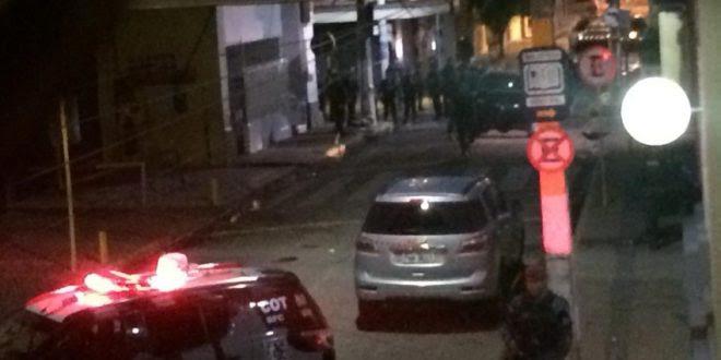 Tentativa de assalto a banco deixa 14 mortos (FOTO: Reprodução/Whatsapp)