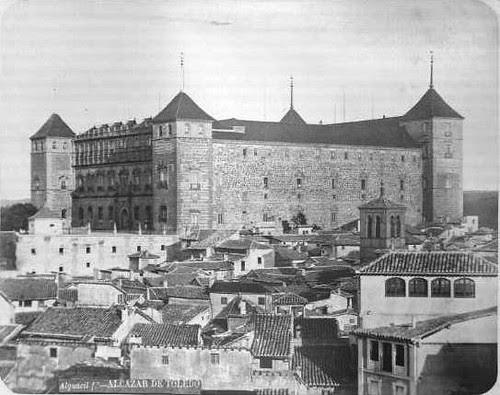 Alcázar de Toledo en el siglo XIX. Fotografía de Casiano Alguacil