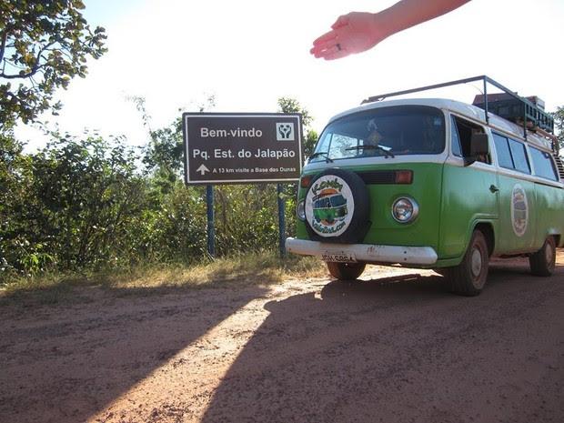 Veículo foi todo adaptado para acolher o casal (Foto: Arquivo Pessoal / Maíra e Muñoz)