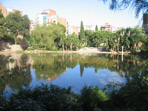 Lagoon across from the Sagrada Familia