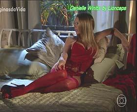 Danielle Winits super sensual na novela Paginas da vida